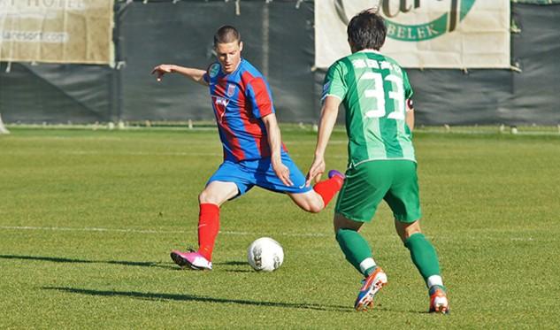 热身赛:绿城0-8惨败匈牙利劲旅