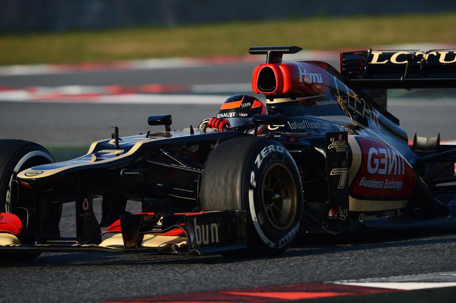 巴塞罗那第二日:Kimi又遭遇变速箱问题