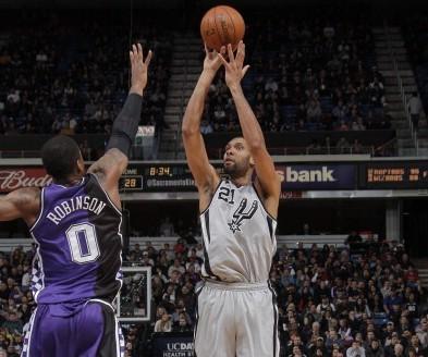 麦克海尔:罗宾逊要抢好进攻篮板和做好防守