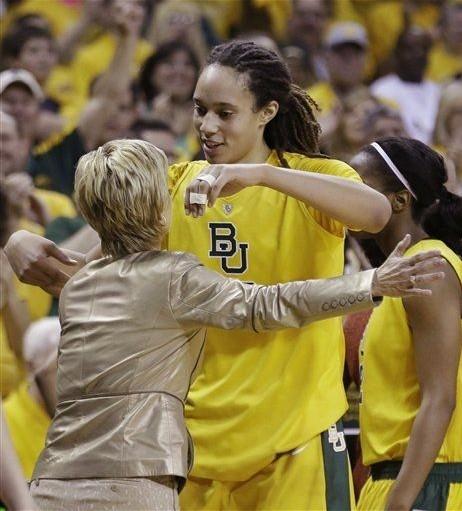 今日NCAA:女魔兽格兰娜豪砍50分