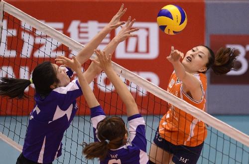 全运会女排预赛A组第3日:上海队三连胜