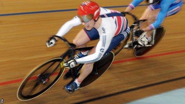 英国奥运自行车冠军即将开始房车赛首秀