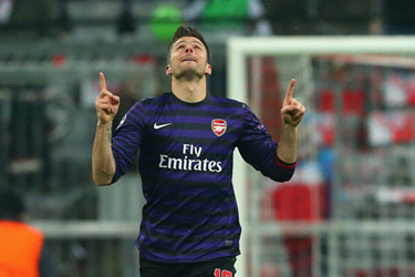 锋霸铁卫齐建功,阿森纳2-0拜仁昂首出局