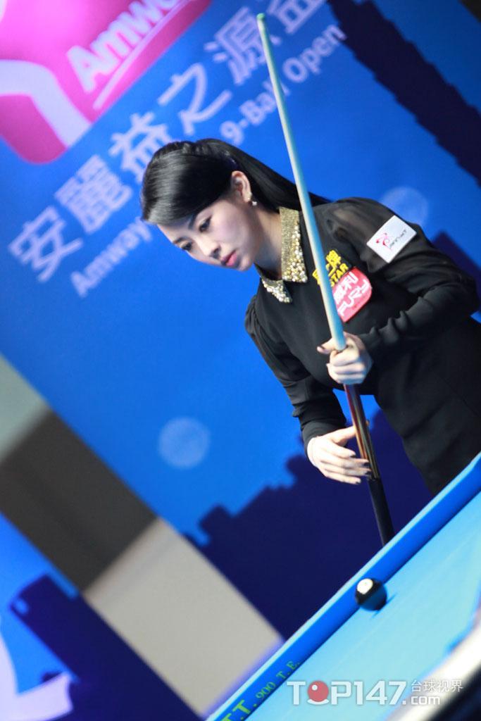决胜局争议判罚潘晓婷负,仍小组第一出线
