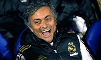 穆里尼奥获颁上赛季西甲最佳主教练
