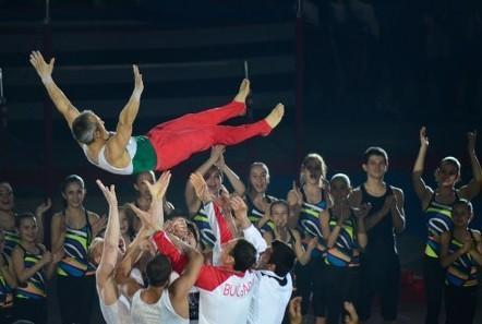 奥运体操名将杰维切夫退役