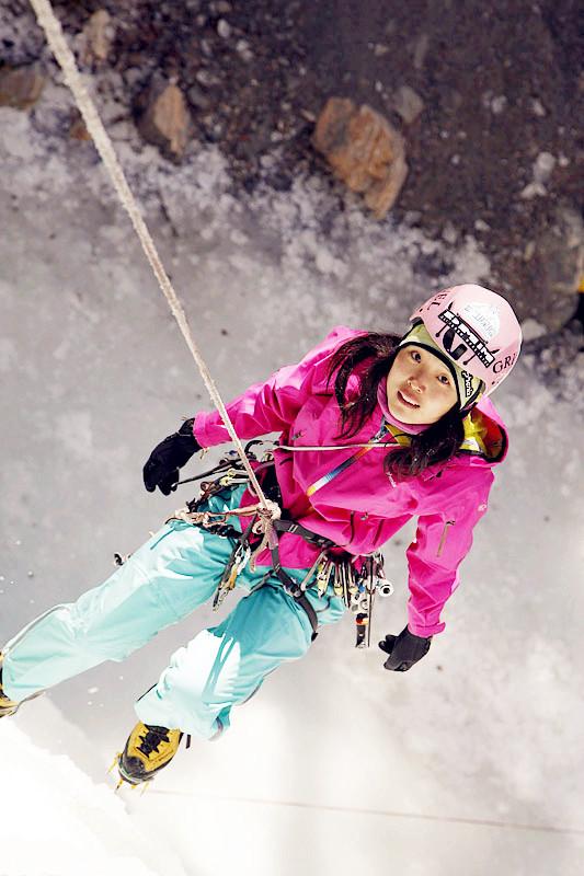 虎扑专访攀冰冠军邓琳:美丽的冰壁芭蕾舞者