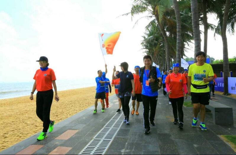 露博会之健康露营者徒步西海岸活动举行