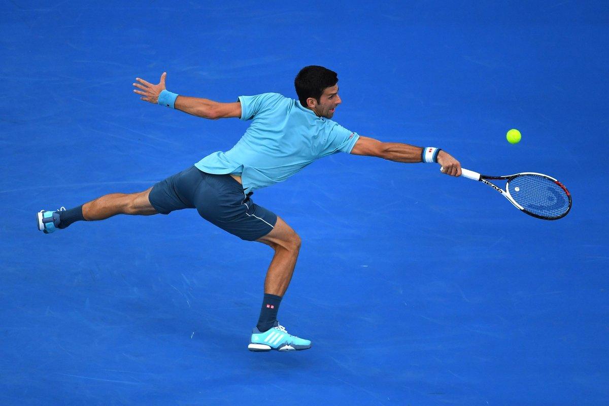 德约科维奇闯过澳网男单首轮关开启卫冕之旅