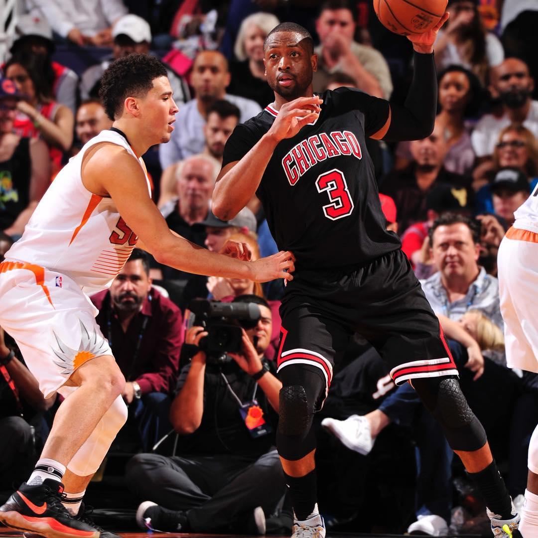 德文韦德照片_布克社交媒体发图感谢科比和韦德_虎扑NBA新闻