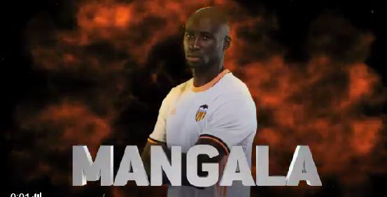 GIF:瓦伦西亚右侧开出角球,曼加拉头球破门!