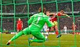 诺伊尔:门兴门将佐默的表现是世界级的