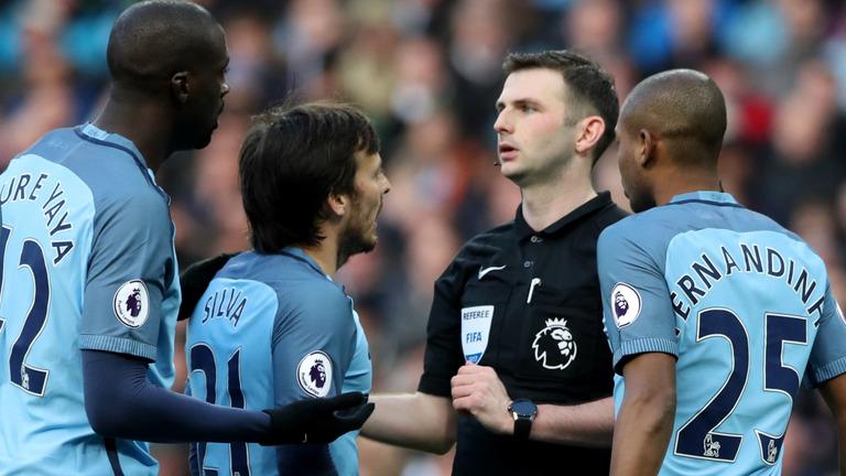 天空体育:未能控制球员,曼城接受英足总的指控