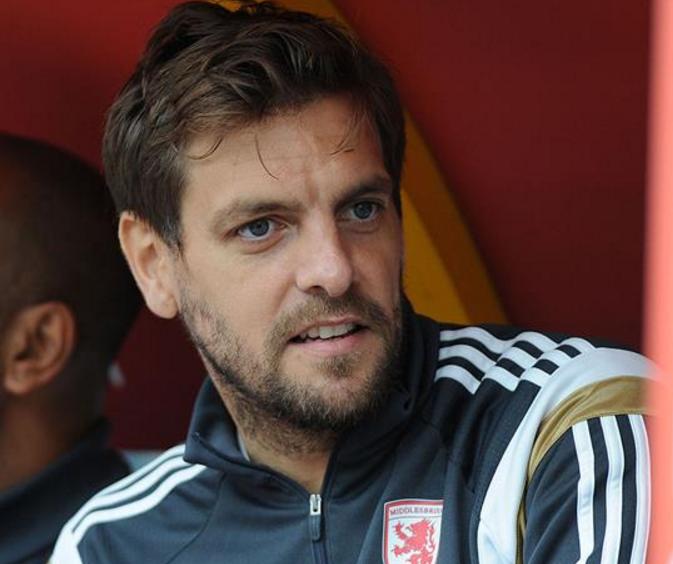 官方:前英格兰国脚伍德盖特加入米堡教练组