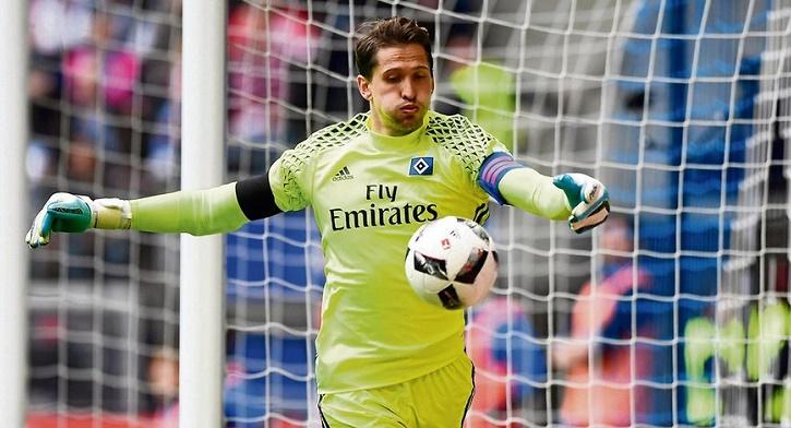 踢球者:拜仁慕尼黑高层内部考虑过签下阿德勒