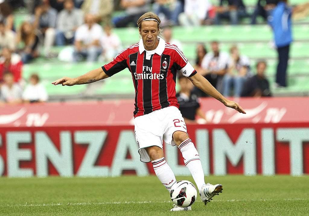 安布罗西尼:对米兰易主有些伤感,祝新老板好运