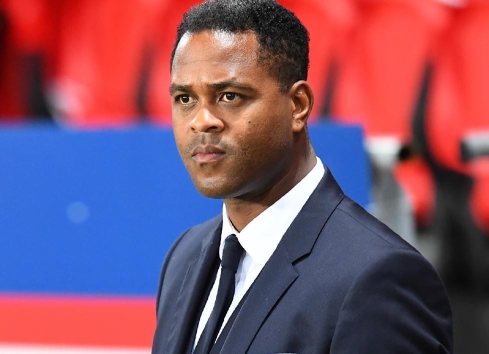 法媒曝克鲁伊维特希望下赛季继续留在巴黎任职