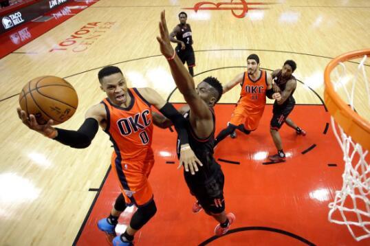 威少拿到NBA季后赛史上第一个50+得分三双