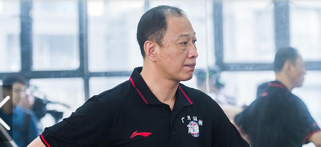 崔万军:广州队很有潜力,组建新队征战下赛季