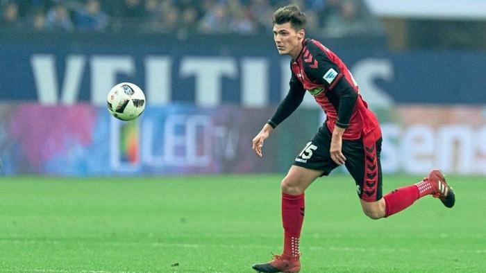 踢球者:多特从斯滕泽尔转会中获益400万欧