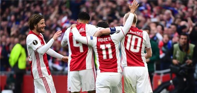 欧联杯半决赛:特拉奥雷双响,阿贾克斯4-1里昂占先机