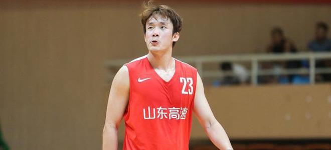 山东青年队主帅徐长锁:丁彦雨航有实力打NBA