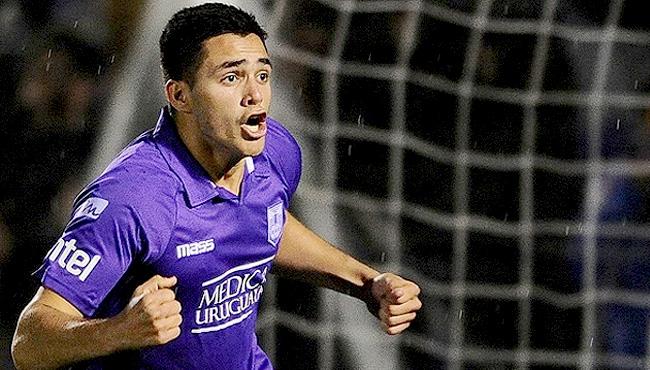 官方:塞尔塔签下乌拉圭20岁年轻中锋