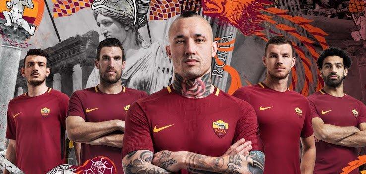 罗马发布新赛季球衣照:纳因戈兰哲科领衔