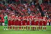你永远不会独行!利物浦热身赛为曼市恐袭默哀一分钟
