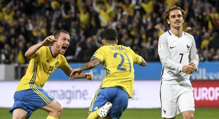 吉鲁世界波托伊沃宁半场吊射绝杀,瑞典2-1法国