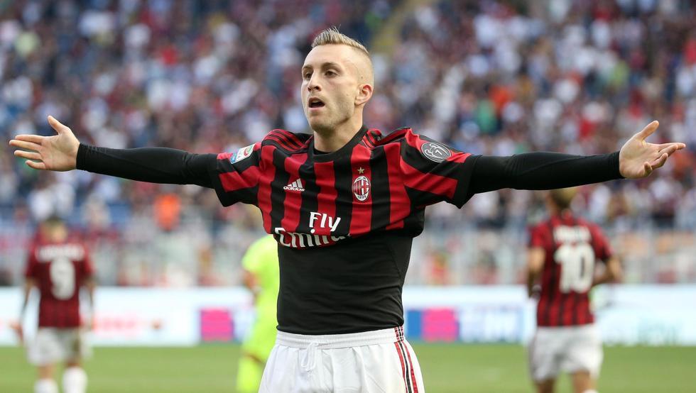 传德乌洛费乌有意继续留在米兰踢球