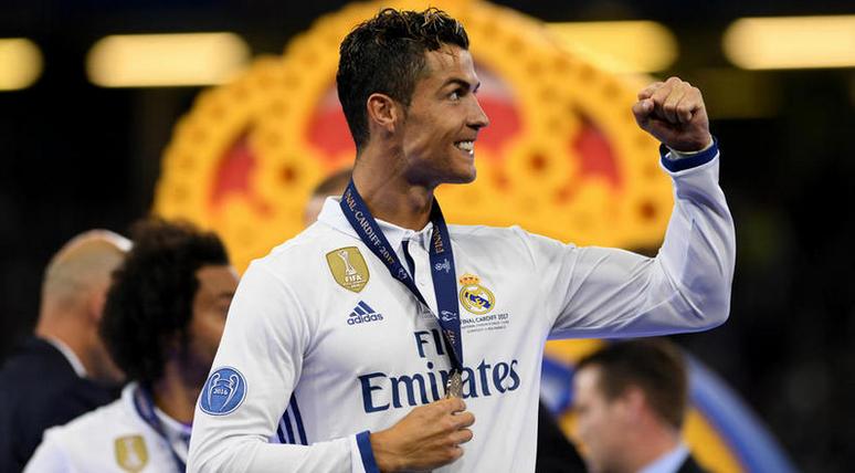 葡萄牙前锋阿尔梅达:C罗肯定拿金球奖