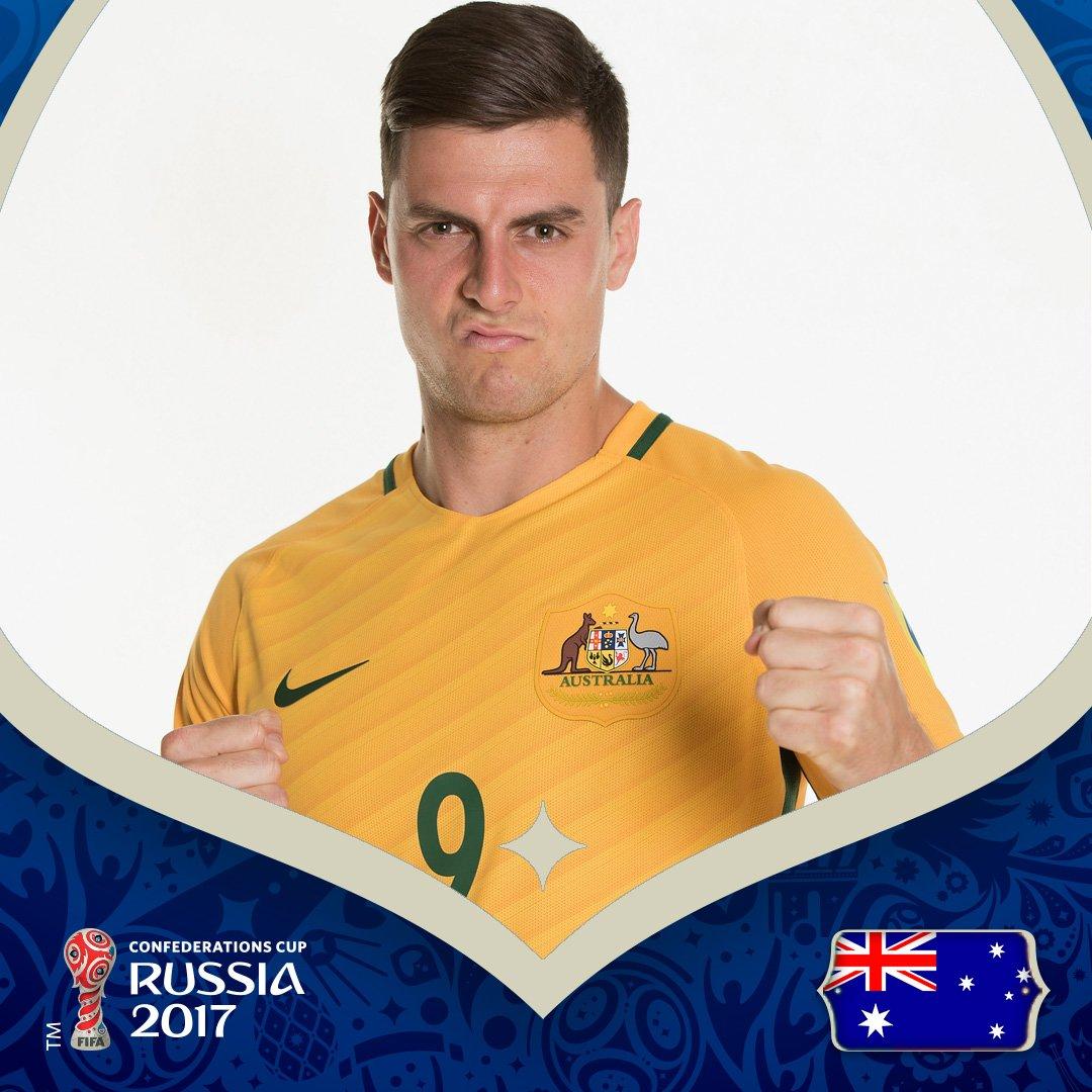 GIF:尤里奇补射破门,澳大利亚追回一球