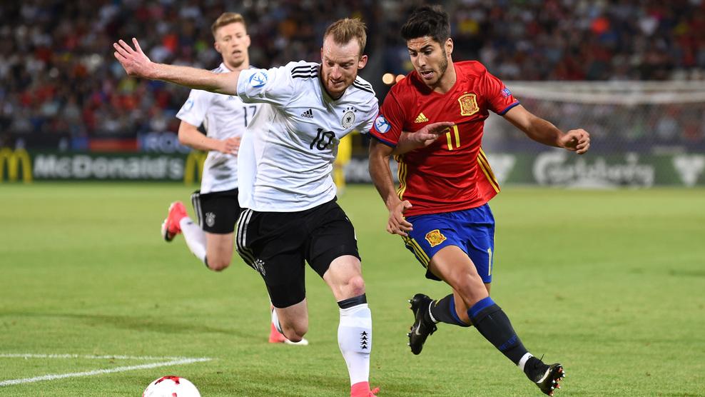 GIF:维泽尔头槌破门,德国1-0西班牙