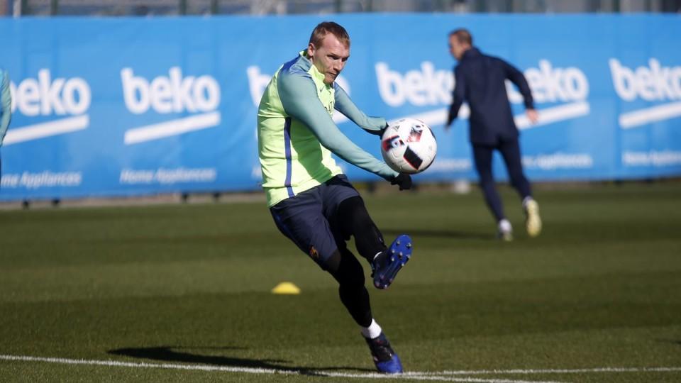 巴萨官方确认马蒂厄将试训葡萄牙体育