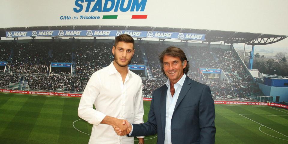 官方:萨索洛签下前佛罗伦萨中场班迪内利