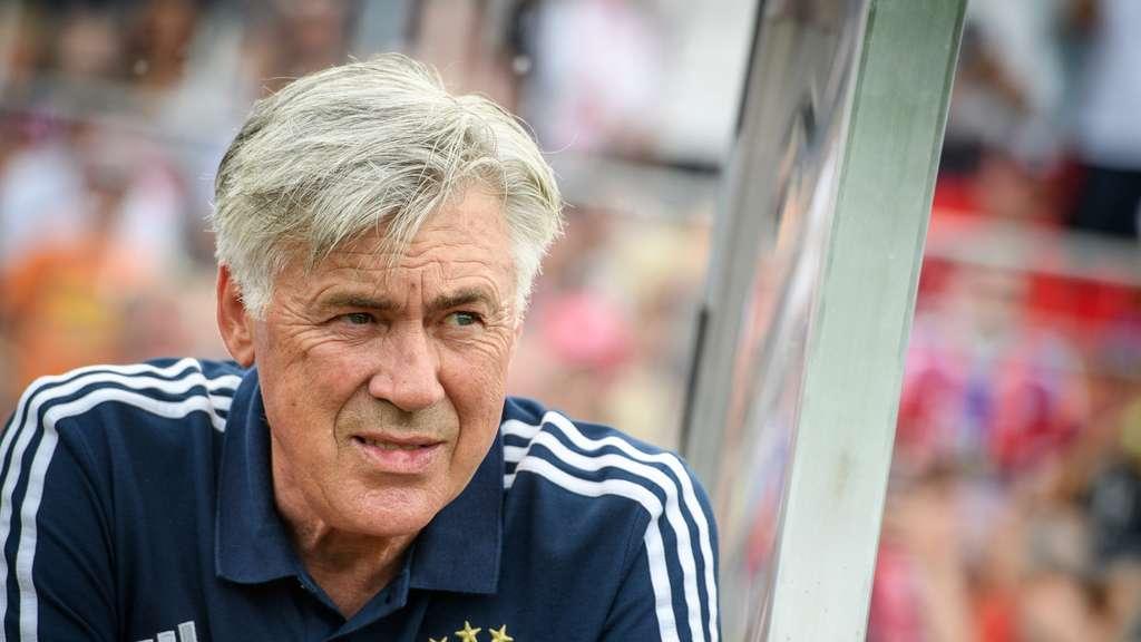 安切洛蒂:下赛季欧冠将会空前激烈,唐纳鲁马应留米兰