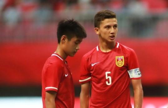 华山杯:U16国少1-4不敌捷克,3战全败排名垫底
