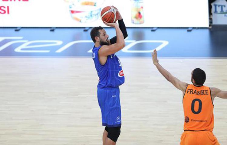 馬科-貝裡內利被評為Trentino杯MVP