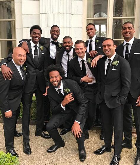 賈斯汀-霍勒迪發佈哈裡森-巴恩斯婚禮上的照片