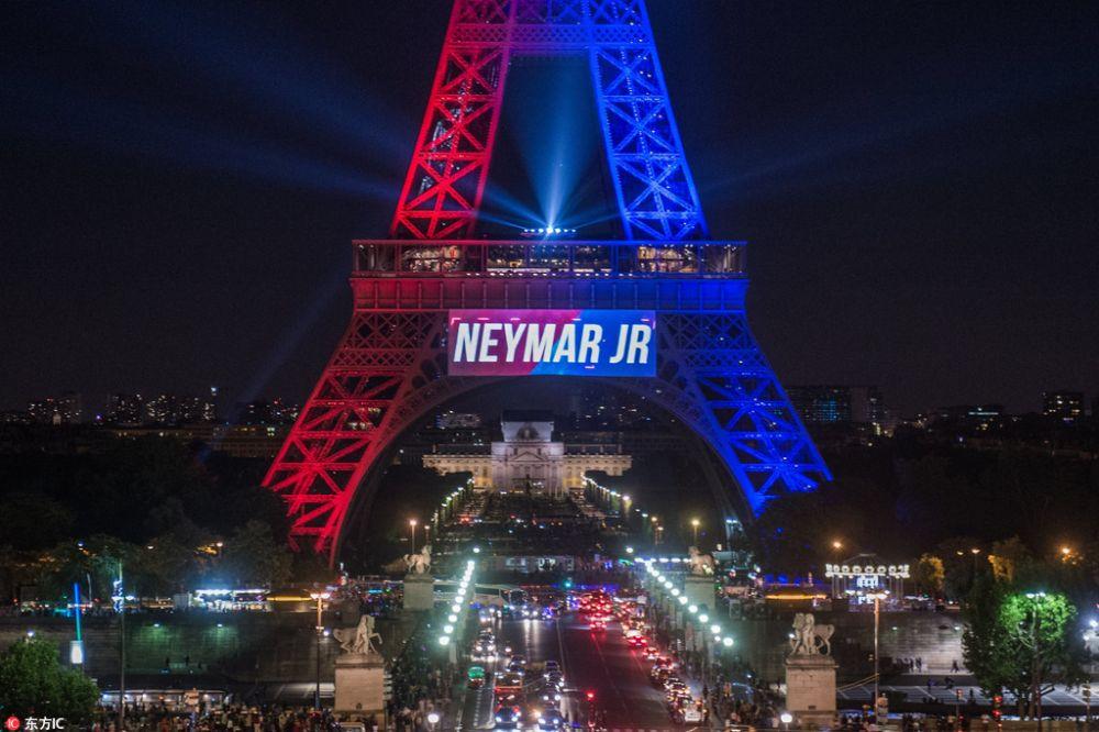 为迎接内马尔,巴黎至少花费5万欧点亮埃菲尔铁塔