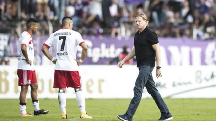 德国杯首轮被淘汰!汉堡主帅很失望:为什么总是发生这种事