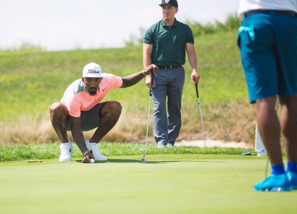 攝影師曬出JR-史密斯昨日打高爾夫球時的照片