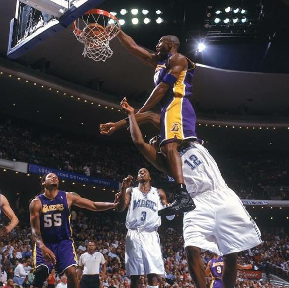 NBA官方曬喬丹,科比等人舊照慶祝世界照片日