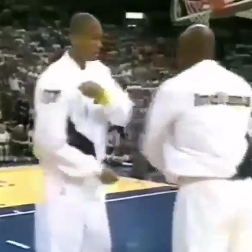 詹姆斯轉發米勒跳舞視頻:他們把這裡嗨翻瞭!