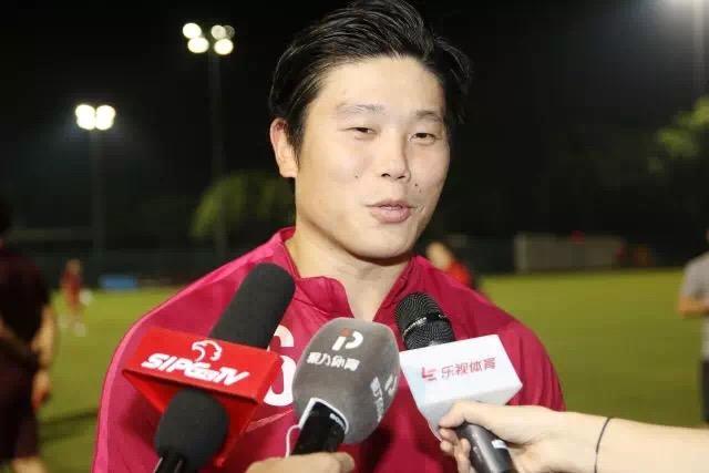 上港三将:三个赛场都要全力以赴,国足赢球延续希望