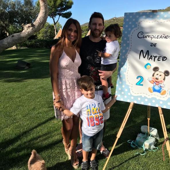 温馨幸福!梅西为小儿子庆祝2岁生日