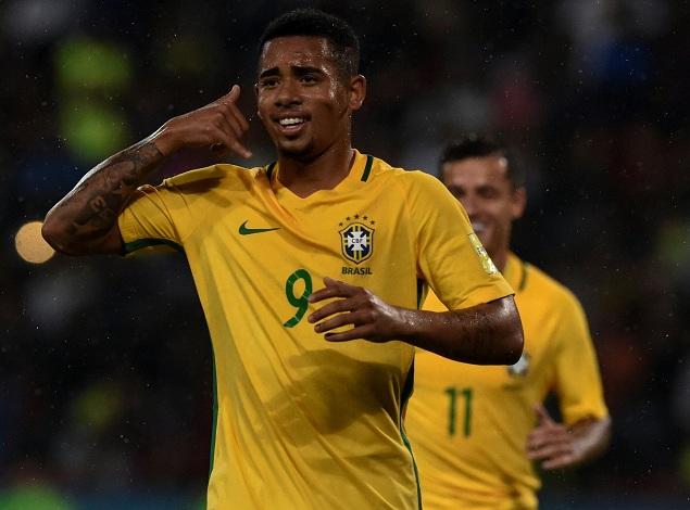 热苏斯两球保利尼奥破门,巴西3-0送智利出局