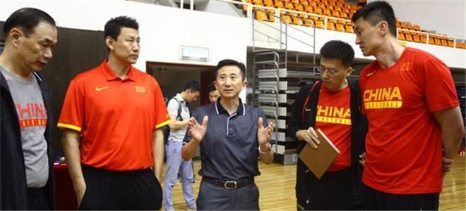 FIBA评双国家队:姚明让中国男篮面貌一新