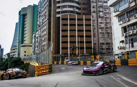 捷凯车队激斗东望洋,亚洲历史最古老的街道赛车!